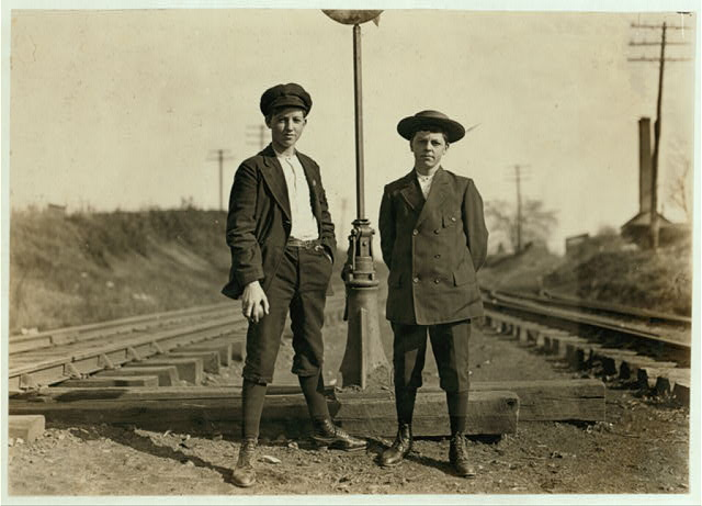 Salisbury Boys, left Johnnie Younts, circa 1908